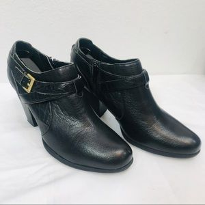 BOC by BORN CONCEPTS Black Leather Ankle Boots 8M